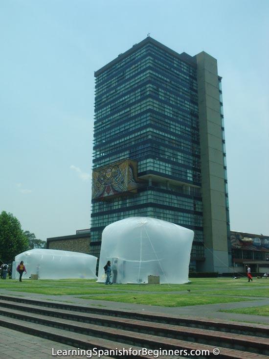 Mexico City - UNAM - Edificio de Rectoria 2