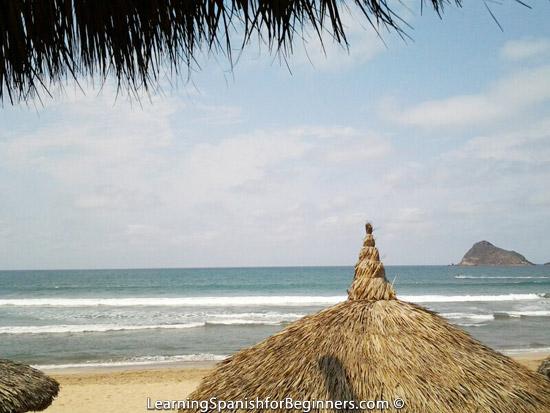 Mazatlan---Breakfast-by-the-Beach